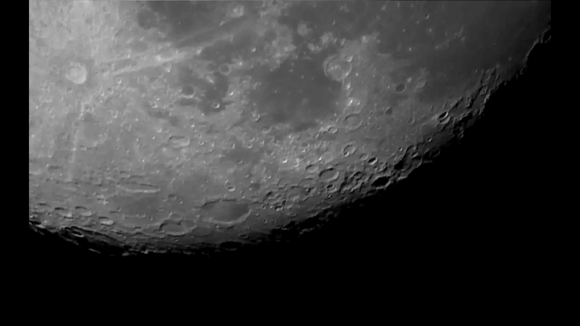 This is how the Moon looks tonight (29/06/15)
